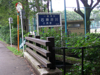 201106190061_2
