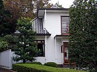 201111030030