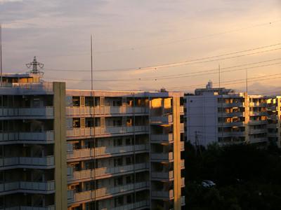 201208060002